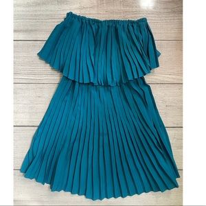 BEBE Strapless tiered pleated Dress Blue XS
